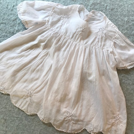 baby girls vintage dress and 2 slips edwardian white cotton hand embroidery 0 3M christening baby shower 1920s 1910s 1930s childrenswear