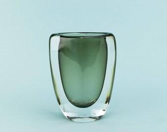 Orrefors Sommerso Nils Landberg Glass Vase Smoky Grey 1950s Swedish Mid-Century Modern