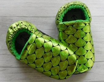 70% off Green Mermaid Scales Baby Moccasins 12-18m • Ready to Ship