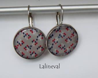 Earrings grey pattern drops