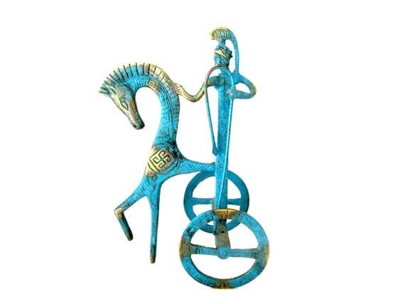 Vintage Metal Chariot Figurine, Roman Chariot Statue, Metal Chariot, Roman Decor, Old World Decor