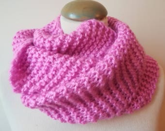 Echarpe snood en laine et acrylique rose, très douce, tricotée main, pour femme