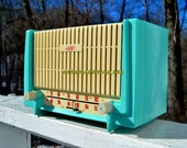 Cerulean Turquoise Mid Century Retro 1955 AMC Model 7TAF AM FM Tube Radio Extremely Rare and Sounds Great!