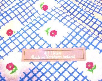 4 Irish linen dinner napkins window pane check with flowers unused vintage