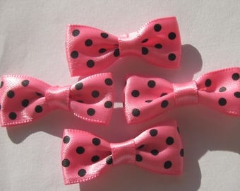 pink satin fabric 4 knots 34 mm approx - dots (A203