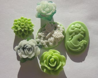 6 flowers and resin cameos to paste base (11)