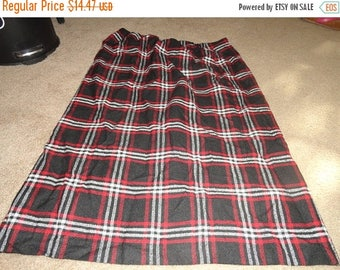 50% OFF Red Black Plaid Skirt Size 18/20W with 40 inch waist 40 inch length