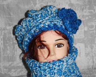 closed collar set and very warm crochet Beanie