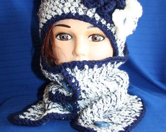 collar buttons and dark blue and white beret set