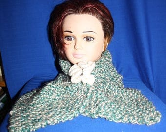 leaf green and ecru scarf) very very warm