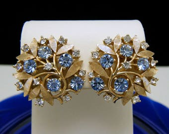Crown Trifari Vintage Earrings Lt Blue Clear Rhinestones Gold Tone Foliate
