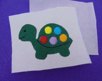 Embroidered application turtle 8x5,5 cm, 1 piece
