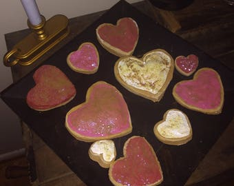 ten fake primitive heart shaped valentine sugar cookies perfect primitive valentines decoration - Primitive Valentine Decor