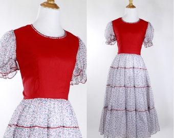 Vintage 1950s Dress | 50s Floral Print Square Dance Dress | Red | S M
