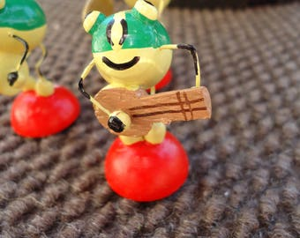 Little Band of 3 Merry Frogs Italy Wooden