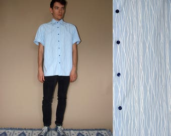 90's vintage men's blue striped printed shirt