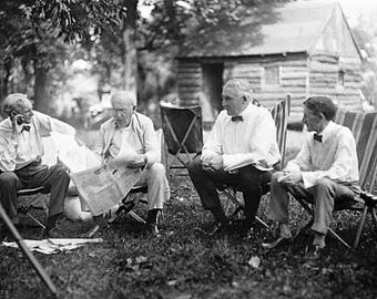 Henry Ford, Thomas Edison, Warren G. Harding, and Harvey Firestone camping in 1921