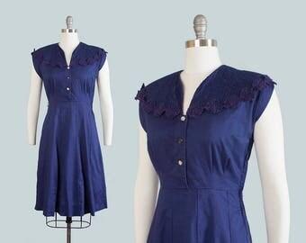 Vintage 1950s Dress   50s Navy Blue Cotton Shirtwaist Pintuck Lace Full Skirt Day Dress (medium)