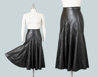 Vintage 1980s Skirt | 80s Black Leather Circle Skirt Buttery Soft Genuine Leather Swing Skirt (small)