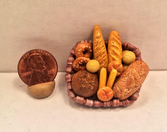 Mini Bread Basket