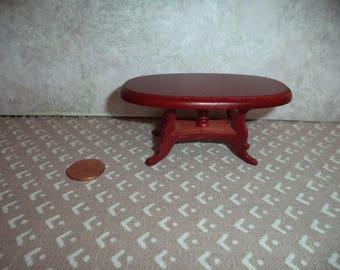 1:12 scale Dollhouse Miniature dark mahogany coffee table