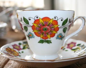 Teacup and saucers - Royal Sutherland - Staffordshire - vintage fifties