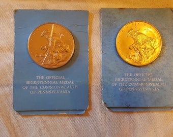 Two Official Bicentennial Medal of the Commonwealth of Pennslyvania, Franklin Mint L@@K!!