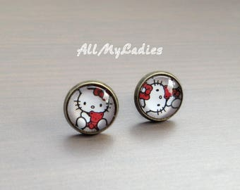 Earrings cabochon glass cat with little red bear