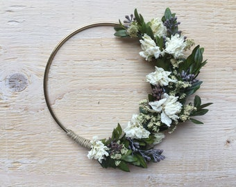 Fluffy White Floral - Small