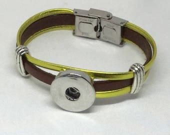 Women bracelet gold/Burgundy leather and faux metal snap 18 to 25mm