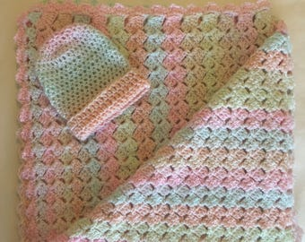 "Baby Afghan with Matching Hat   ""Bubbles"""