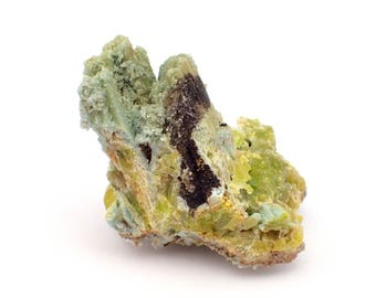 Pyromorphite with Plumbogummite from China - 77gm / 43mm x 44mm x 29mm (41013)