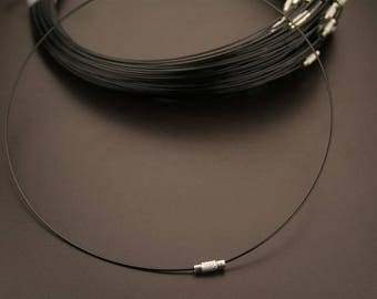 Black twisted wire 6 necklaces. (ref:3651)