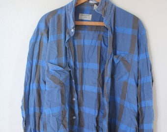 vintage distressed blue  plaid checkered grunge flannel button up shirt