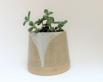 Ceramic pot. ceramic planter. succulent planter. handmade pot. pottery pot.glazed ceramic pot.pottery planter.clay planter.Handmade pottery.