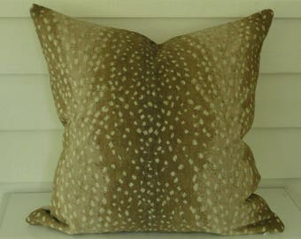 Antelope Pillow Cover in Khaki