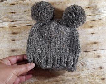 Double Pom Pom Hat, Newborn Pom Pom Hat, Knit Baby Hat, Double Pom Pom Beanie, Newborn Photo Prop, Baby Bear Hat, Brown Hat
