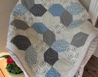 Blue and gray baby crib quilt, handmade blue, grey and cream baby boy quilt, blue and gray modern baby boy quilt, gender neutral crib quilt