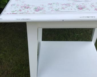 French Brocante style vintage table. Cottage Style Occasional / Bedside Table
