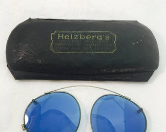 Vintage Clip On Blue Tint Aviator Style Sunglasses in Original Helzberg's Case