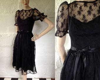 1980s Black Lace Memento Mori Evening Dress / 80s Party Dress / Vintage Prom Dress / SIZE UK 8-10