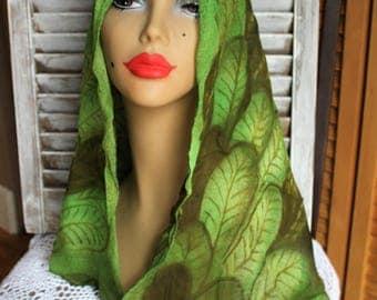 Vintage. Scarf. Sheer. Green. Long. Scarf. Leaf pattern. Very cute! 1960s.