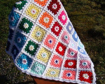 Granny Square Blanket Throw - Rainbow Daisies