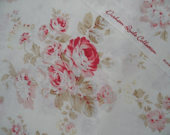 "Half Yard of Lecien Durham Quilt Collection Rose Bouquets on Off White Background. Approx. 18"" x 44"" Made in Japan"