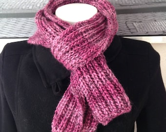 Scarf woman / teen pink-fuchsia very soft and warm