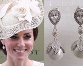 Kate Middleton Duchess of Cambridge Inspired Replikate Ascot Pearl Drop Pear-Shaped Clear Crystal Earrings