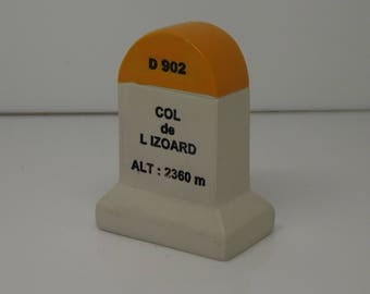 Col De L'Izoard Km Marker Milestone Tour de France Mountains