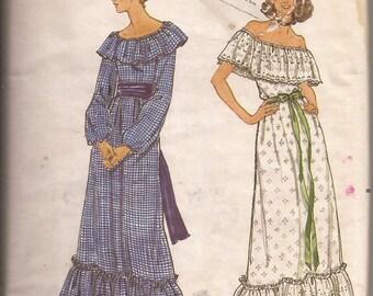 Butterick 5698 Misses Dress, Size 10, Vintage 1979