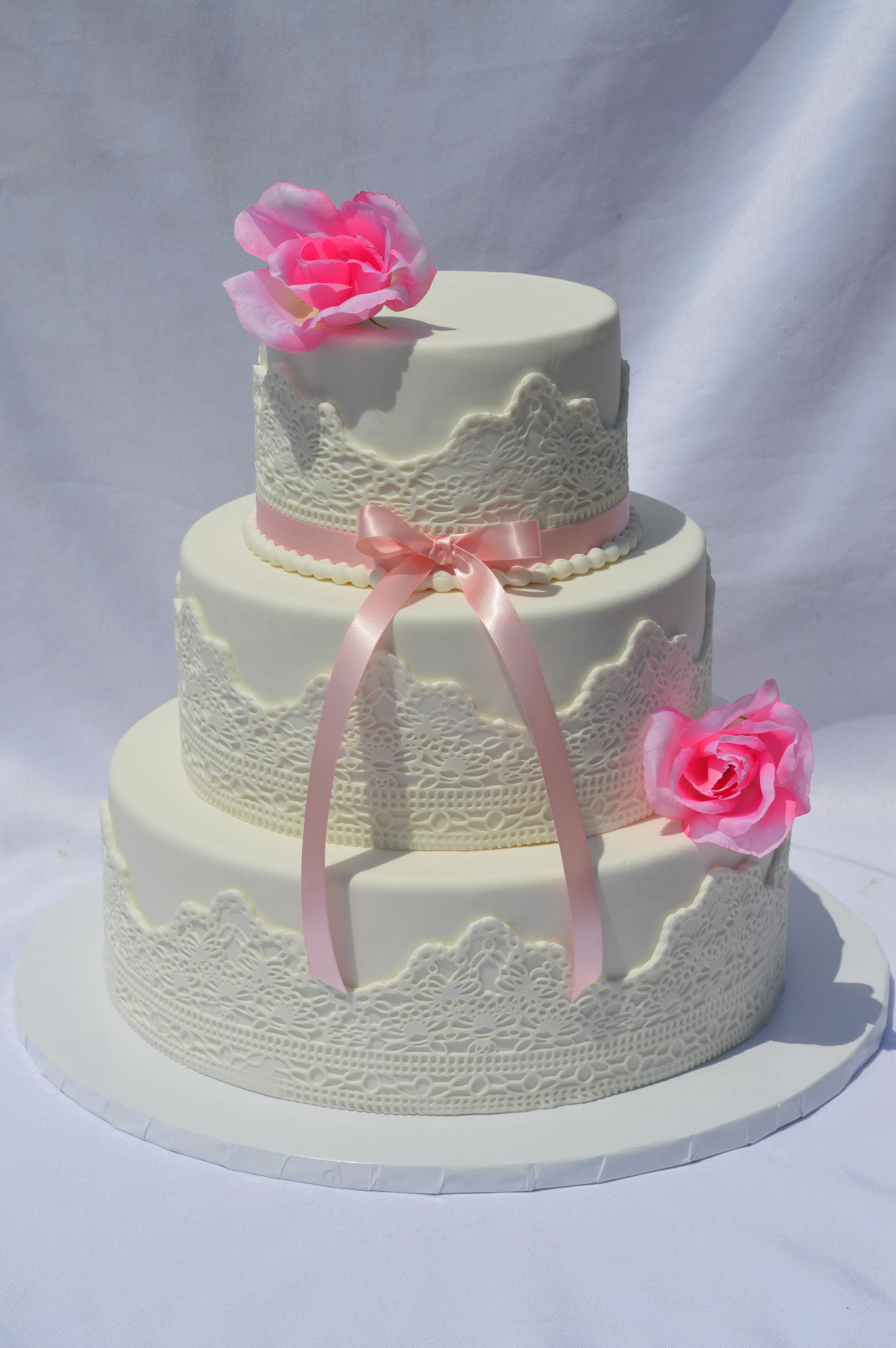 fake wedding cakes for display three tier wedding cake faux wedding cake display 14129