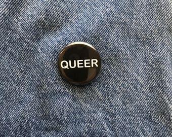 Queer button